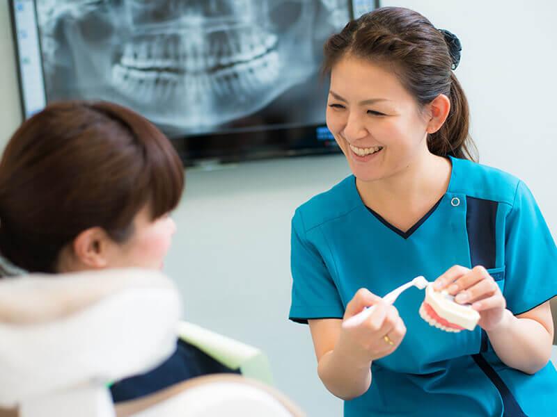 メンテナンスで歯科衛生士が丁寧にケア・指導します